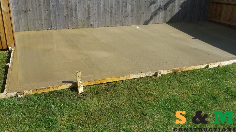 shed_base_with_concrete_02