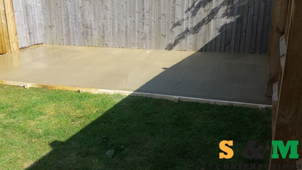 shed_base_with_concrete_03
